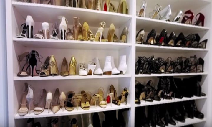 Kendall Jenner Takes You on a 360° virtual reality closet tour